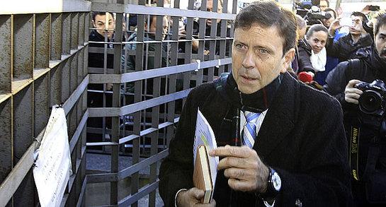 FOTOGALERIA: El médico Eufemiano Fuentes a su llegada juzgado