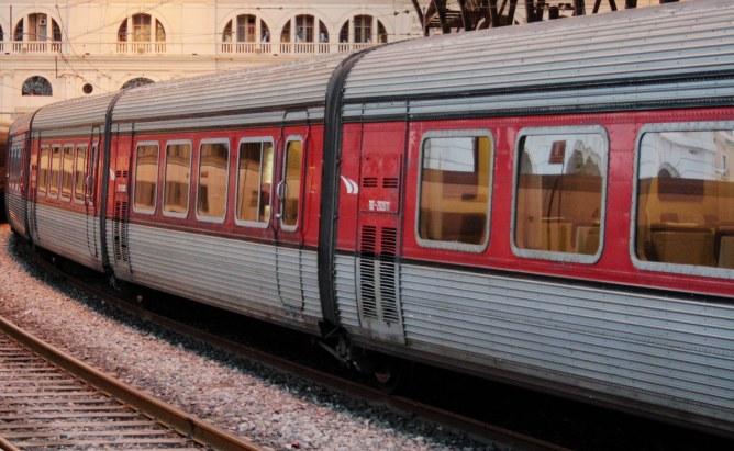 Imatge d'un tren Talgo antic