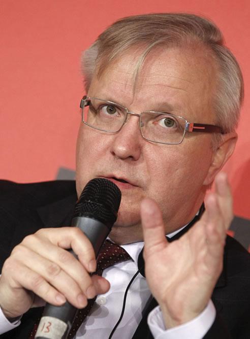 El vicepresidente de la Comisión Europea y responsable de Asuntos Económicos y Monetarios, Olli Rehn en la conferencia de alto nivel que la Confederación Europea de Sindicatos (CES) organizó en Madrid