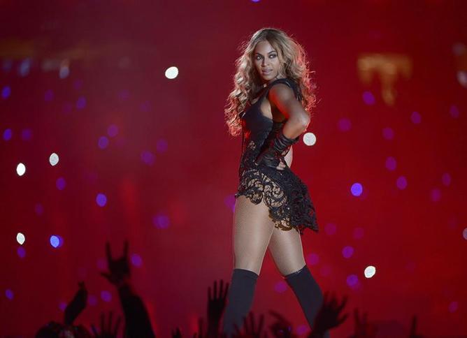 Con una actuación espectacular, Beyoncé ha sido la protagonista del show del descanso  en la Super Bowl