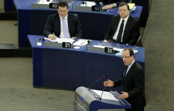 El presidente francés, François Hollande, durante su intervención en el Parlamento Europeo