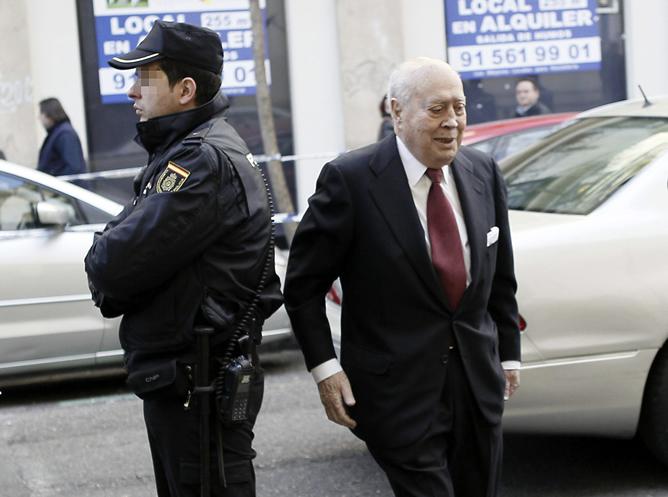 Álvaro Lapuerta, tesorero del PP entre 1993 y 2008, a su llegada a la Fiscalía Anticorrupción para declarar sobre la supuesta contabilidad en negro en el partido