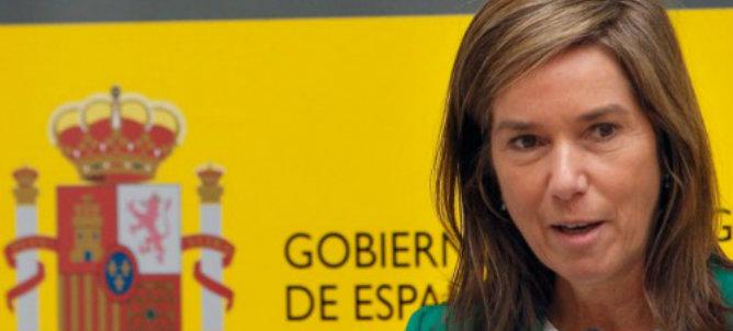 """El presidente del Gobierno, tras su participación en el Consejo Europeo celebrado en Bruselas, ha defendido a la ministra Ana Mato al decir que tiene que ser """"justo"""" porque """"está siendo una magnífica ministra"""""""