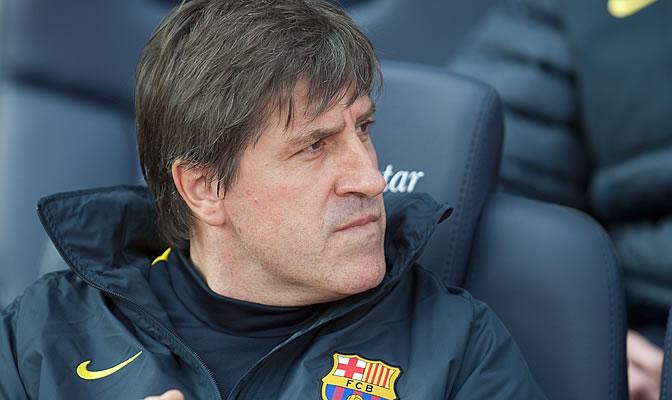 Roura, en el banquillo del Camp Nou