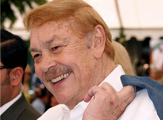 Jerry Buss, propietario de Los Angeles Lakers
