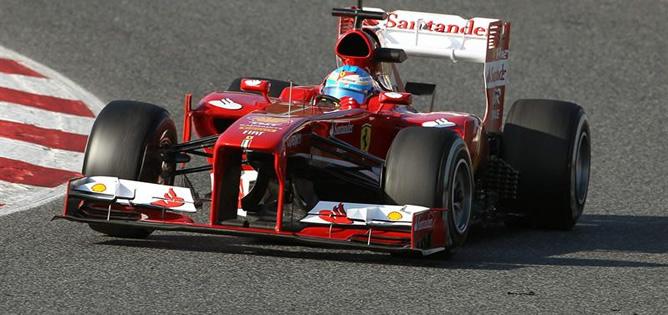 El español, durante los entrenamientos de pretemporada que se celebran en el Circuit de Catalunya.