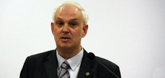 El fins ara alcalde de Sant Hilari Sacalm i president del Consell Comarcal de la Selva, imputat en el 'cas Manga', anuncia que deixa totes les seves responsabilitats polítiques