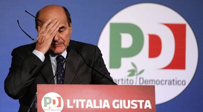 El líder del Partido Democrático, Pier Luigi Bersani, durante su rueda de prensa en Roma para analizar los resultados de las elecciones en Italia