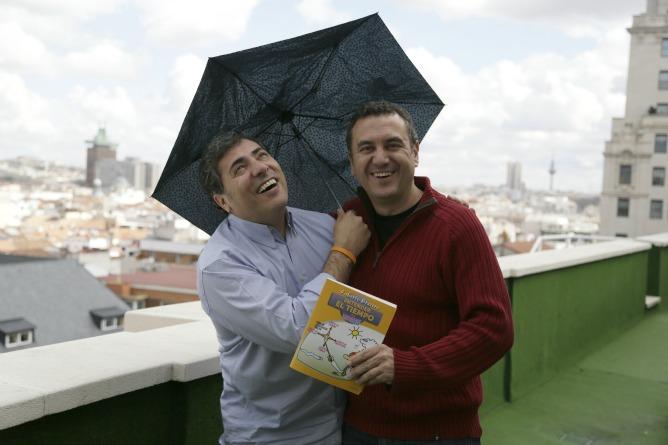 """Roberto Brasero vino a presentarnos su nuevo libro """"Entender el tiempo para torpes"""""""