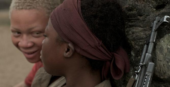 Rachel Mwanza, en primer plano, en un fotograma de 'Rebelde'