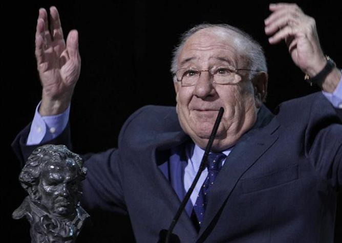 Alfredo Landa en 2007 recogiendo el Goya de honor