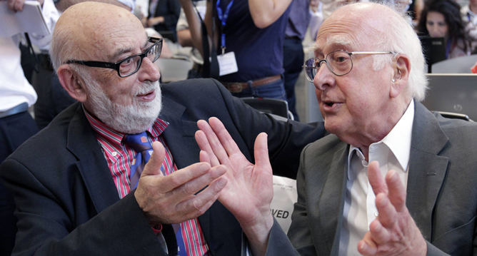 Los físicos Englert (izquierda) y Higgs (derecha) son los descubridores teóricos del hallazgo