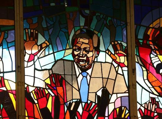 FOTOGALERIA: Mural del expresidente sudafricano
