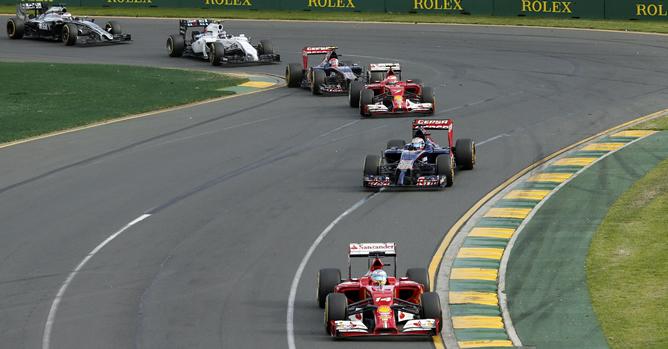 Rosberg domina en Australia con Alonso, cuarto, tras la descalifición de Ricciardo