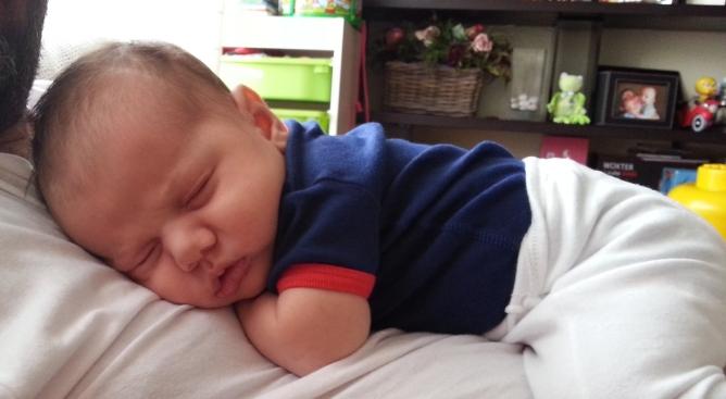 Mateo es un niño de diez meses con leucemia que necesita un transplante de médula