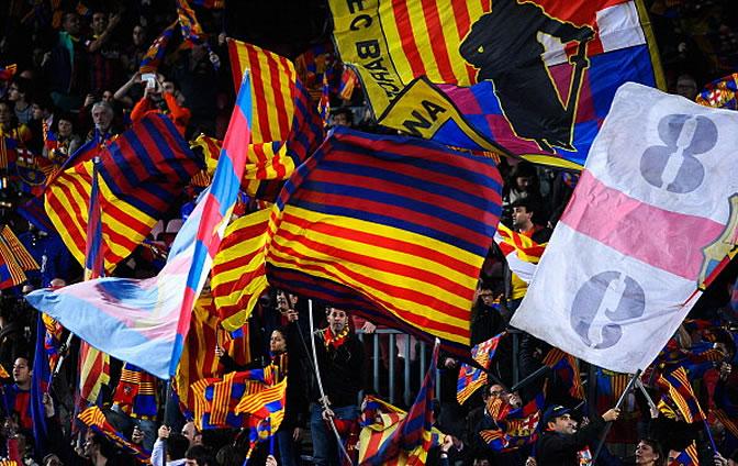 Aficionados culés en el Camp Nou