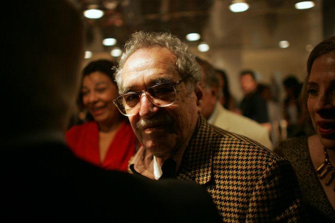 Gabriel García Márquez, en el Festival del Nuevo Cine Latinoamericano en el teatro Karl Marx en La Habana en una foto de archivo de 2006