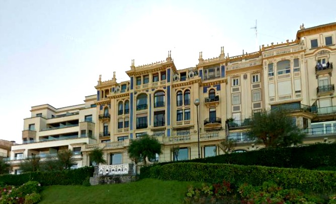 casas de lujo en san sebastian dise os arquitect nicos