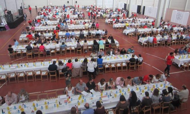Alrededor de 800 aficionados han elegido este año, tras una cata masiva, cuáles son los mejores vinos del año en la Ribera del Duero.