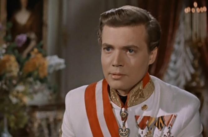 Muere Karlheinz Böhm, el actor que encarnó al emperador de 'Sissi'