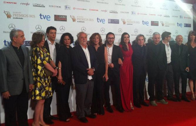 'El tiempo entre costuras' y 'El intermedio' grandes vencedores de los Premios Iris