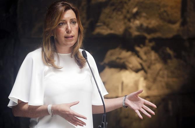 Susana Díaz, durante la rueda de prensa que ha ofrecido tras reunirse con su homólogo canario.