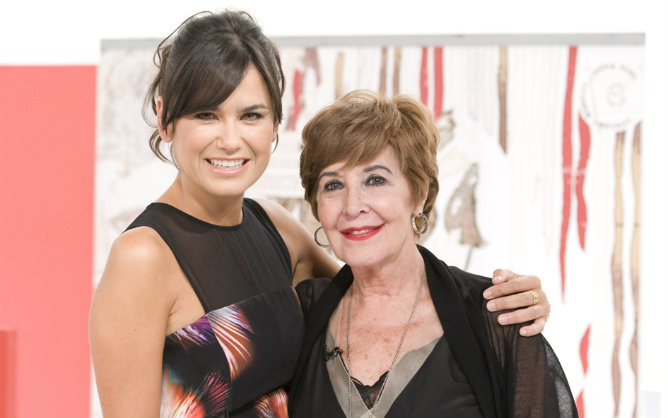 Concha Velasco, junto a Elena S. Sánchez, vuelve a 'Cine de barrio' recuperada de su enfermedad