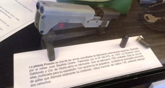 La pistola Pressin (Museo del espionaje)