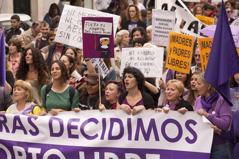 DVD 692  Madrid, 27-09-14.-Manifestacion a favor del aborto en Madrid. Foto: Julian Rojas