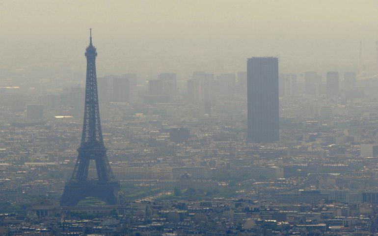 Uno de cada dos días al año Paris sobrepasa los límites de emisión de partículas finas que reglamenta la UE.