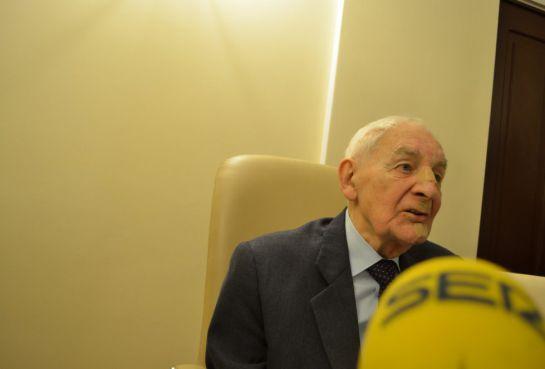 Tadeusz Smreczynski, de 91 años, es un superviviente de Auschwitz