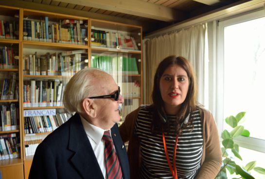 Uno de los supervivientes, Josef Paczinsky, junto a la corresponsal de Cadena SER en Berlín, María Prieto