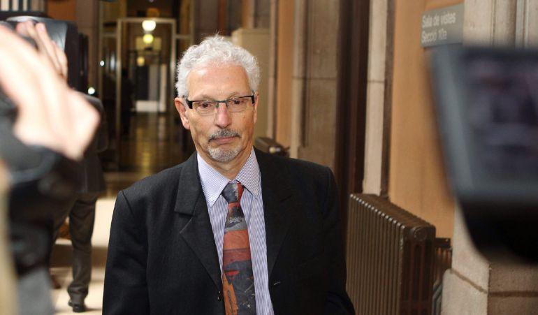 El juez de Barcelona Santiago Vidal a su entrada a la Audiencia de Barcelona.