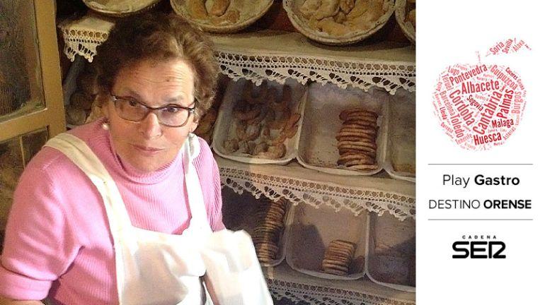 Herminia Rodríguez vende dulces judíos en Ribadavia desde hace más de 20 años.