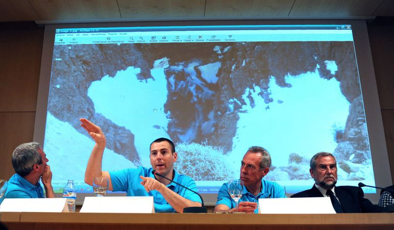 Rueda de prensa del único superviviente del accidente en Marruecos, Juan Bolívar.