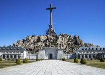 La piqueta entrará el lunes en el Valle de los Caídos para exhumar cuatro cuerpos