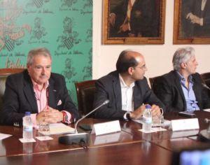 Alfonso Rus (primero por la izquierda) y Marcos Benavent (primero por la derecha), en una foto de archivo