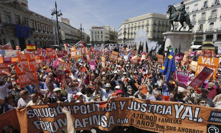 Manifestación hoy en Madrid de afectados de Fórum y Afinsa