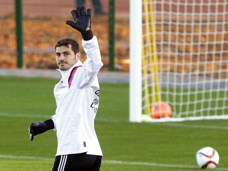 Casillas viajará a Holanda para realizar pretemporada con el Oporto