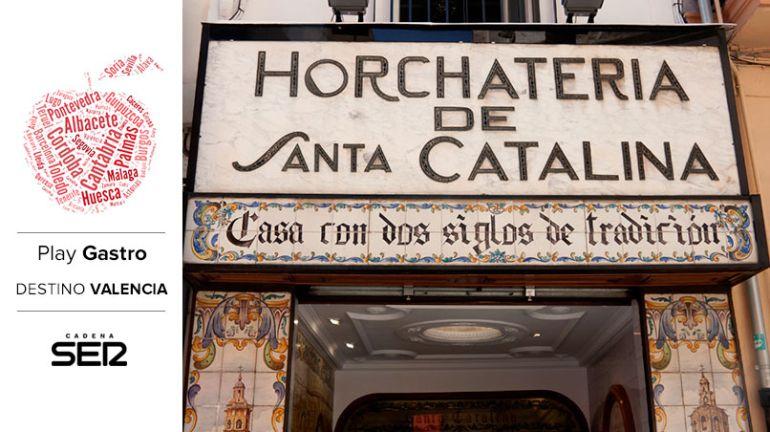 La horchata es una de las bebidas más emblemáticas de Valencia.