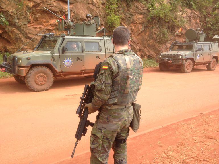 Fotografía de archivo de un soldado ejército español en las calles de la capital de República Centroafricana