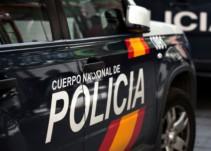 supremo ordena policía admitir aspirante confunde color verde