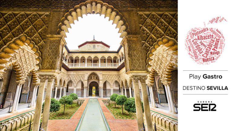 El Alcázar de Sevilla es uno de los puntos más turísticos de la ciudad.
