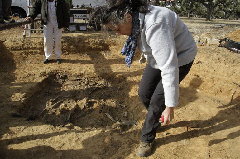 """Un senador del PP dice que """"dejen de dar la murga cansina"""" con las exhumaciones"""" porque no hay fosas que descubrir""""  1444313258_197377_1444315978_noticia_normal"""