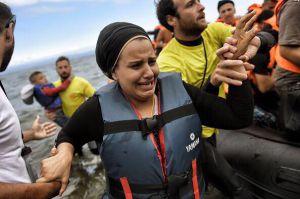 Momento de un rescate en la Isla de Lesbos