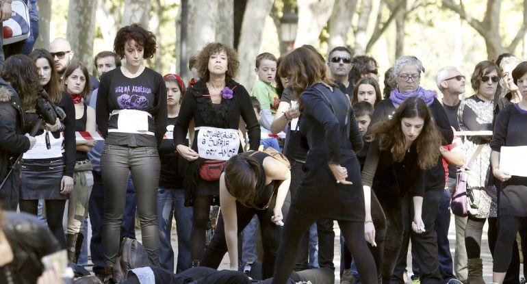 """Las calles de Madrid han acogido a miles de personas que se manifestan en la primera gran movilización nacional contra las """"violencias machistas""""."""