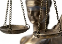 Las cuatro asociaciones de jueces denuncian la situación de la Justicia