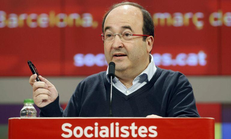 El primer secretario del PSC, Miquel Iceta, durante su intervención en la reunión del Consejo Nacional del partido.