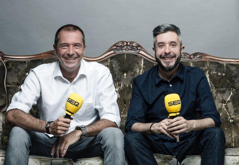 Manu Carreño y Dani Garrido dirigirán 'El Larguero' y 'Carrusel Deportivo' en la SER la próxima temporada.