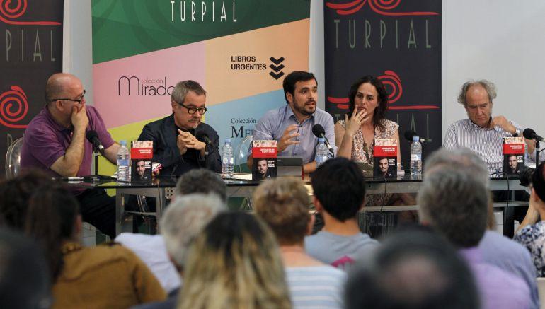 Alberto Garzón arremete contra los actuales dirigentes del PSOE